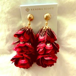 Kendra Scott feather earrings-NEW!